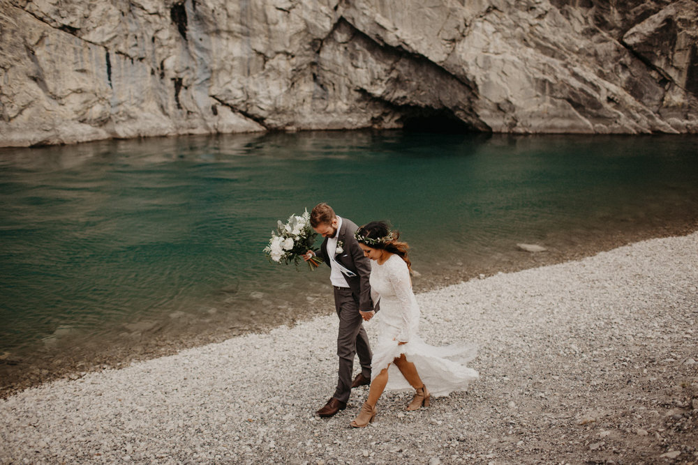 Canmore Canada elopement | Banff Elopement Photographer Kandice Breinholt | Willow Flower Co Bouquet and Flower Crown