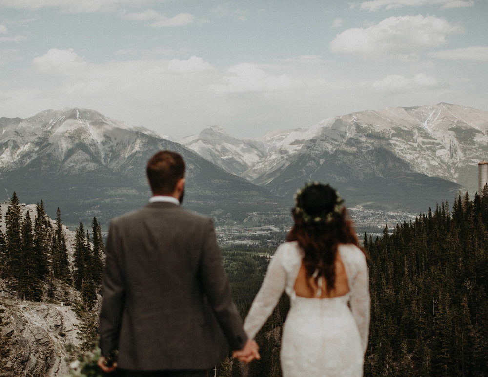 Banff-Adventure-Elopement-Photographer--216.jpg