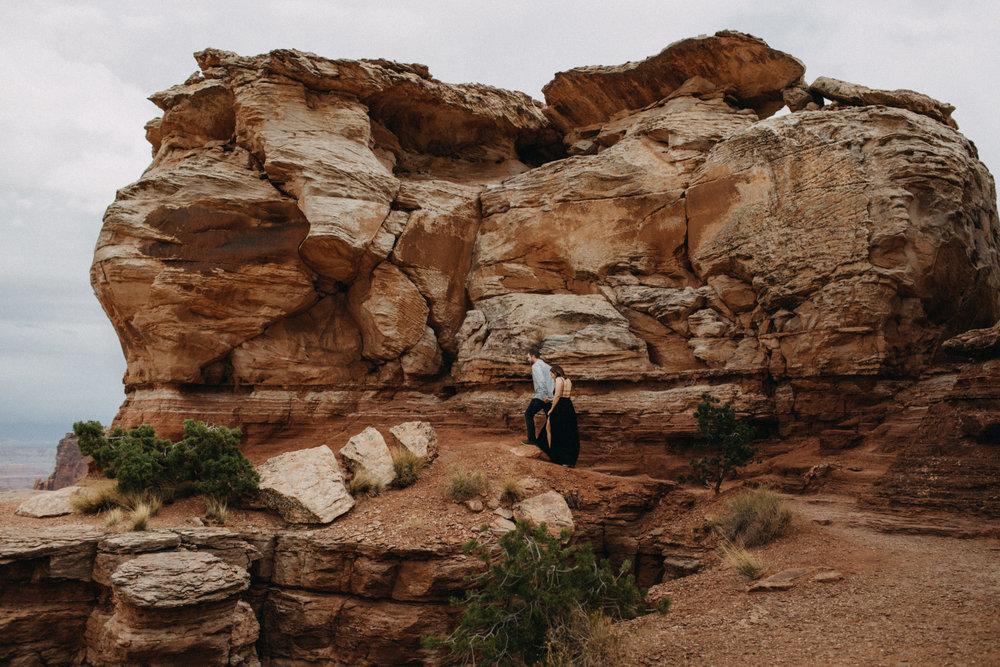 Canyonlands Engagements | Elope in Canyonlands | Moab Elopement and Engagement Photographer Kandice Breinholt