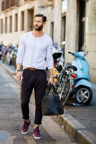 long-sleeve-t-shirt-chinos-low-top-sneakers-large-18330.jpg
