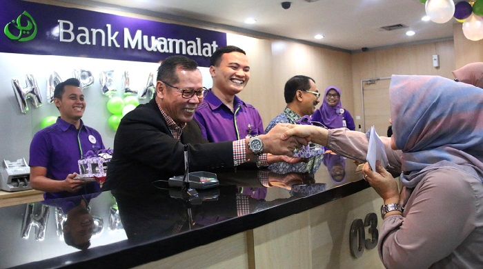 Bank Muamalat: Indonesia Goes Chip With OpenWay - BMI, one of the leading Islamic banking providers in the country, is now fully compliant with the national NCICCS chip standard on both the issuing and acquiring side
