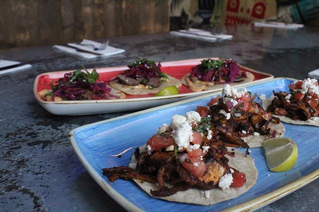 Tacos are always the hangover cure. Come remedy your hangover, or just your taste bud cravings with some delicious tacos. And I mean hey, it's still the weekend, so Sunday cocktails are totally acceptable🍸(or better yet, pitchers of sangria are only 25$)
