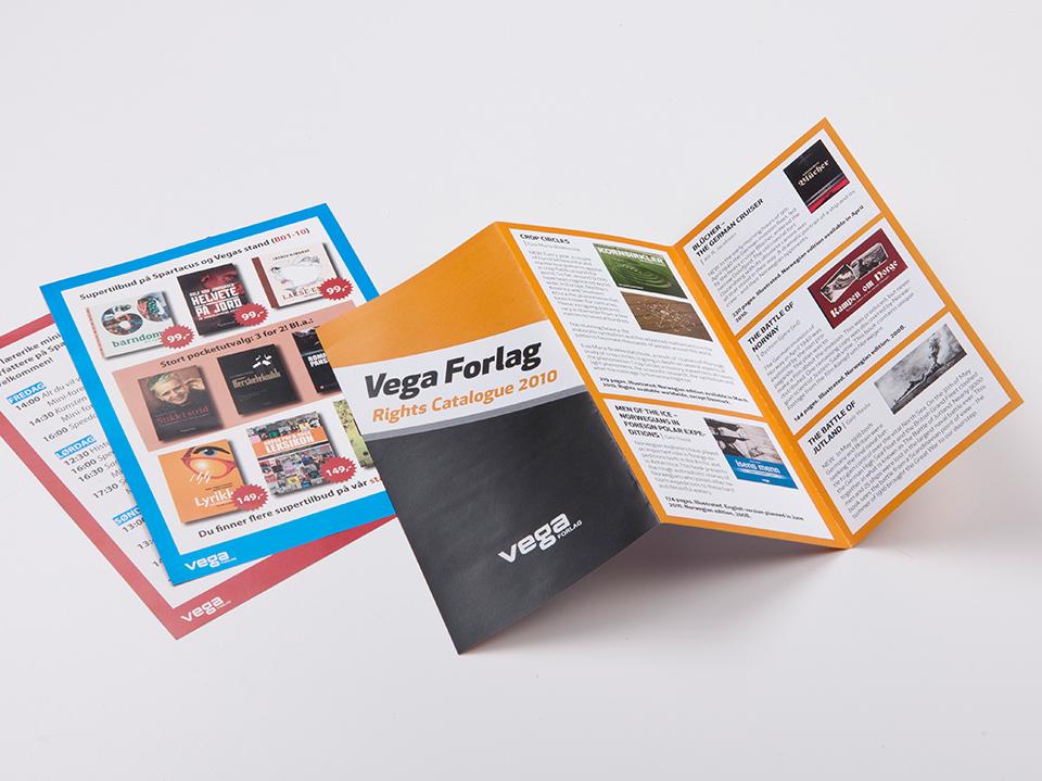 Brochures_5.jpg