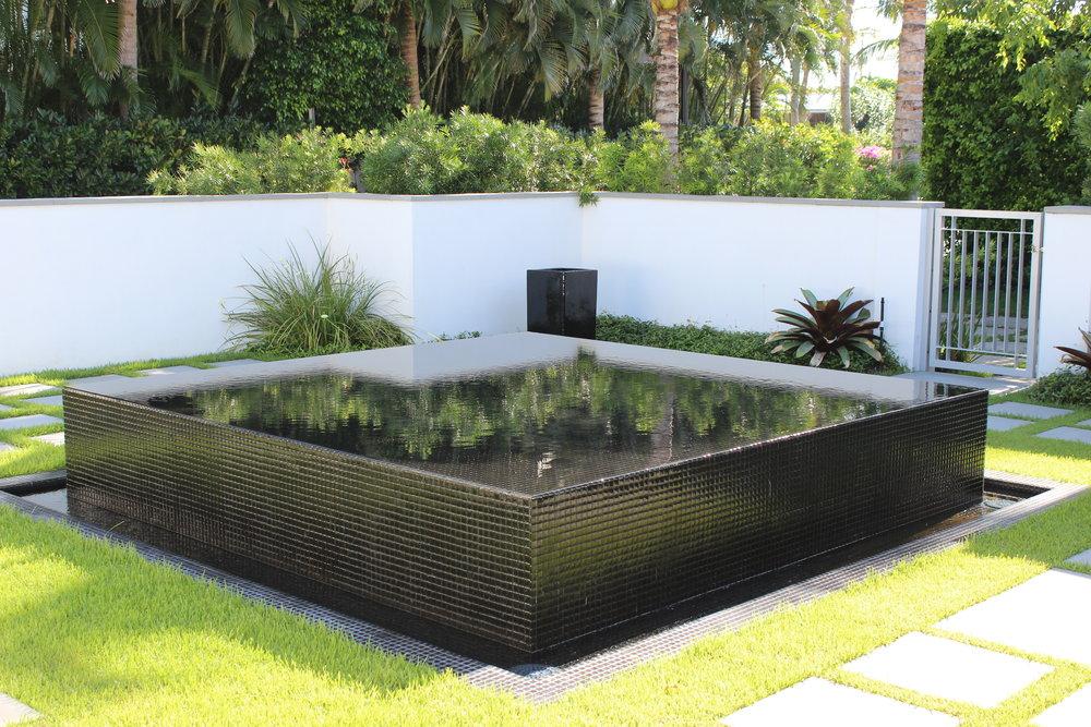 5-Fountain.JPG