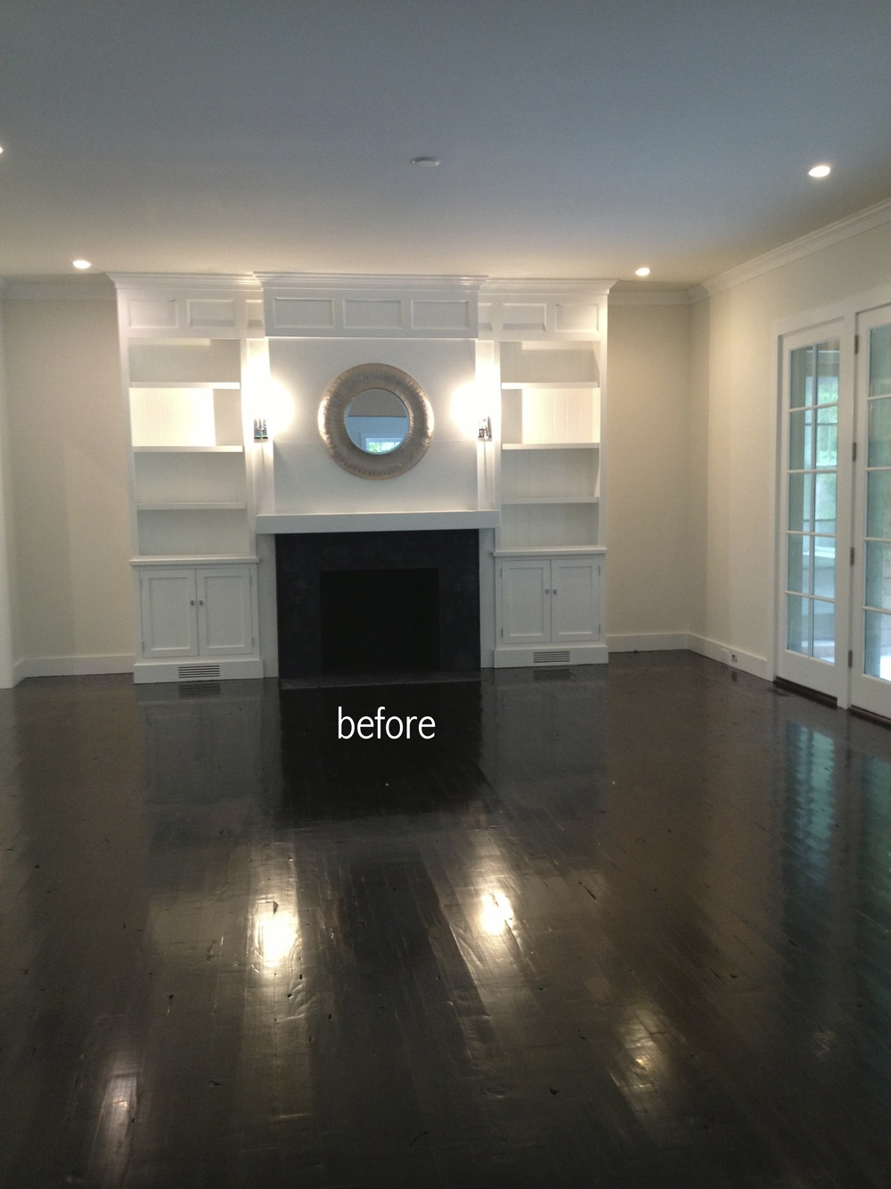 family room before.jpg
