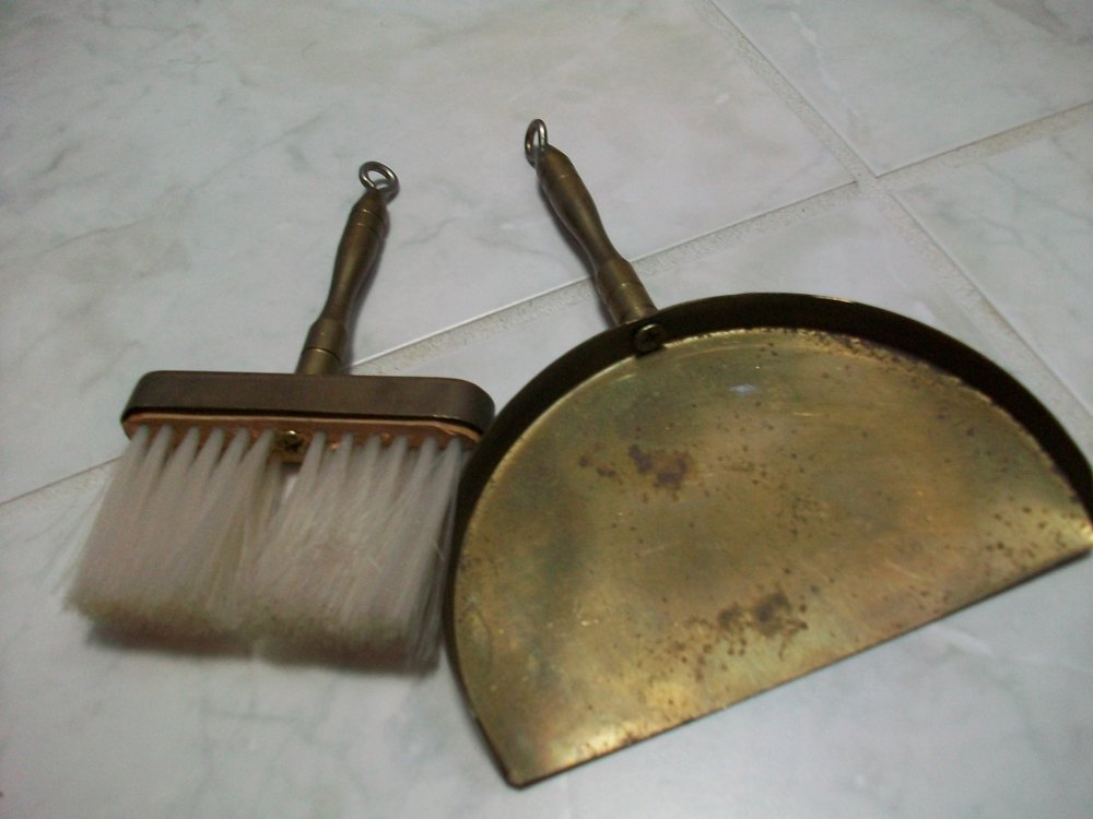 small dustpan and brush