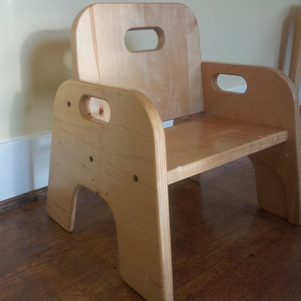 The Me-do-it chair from Community Playthings