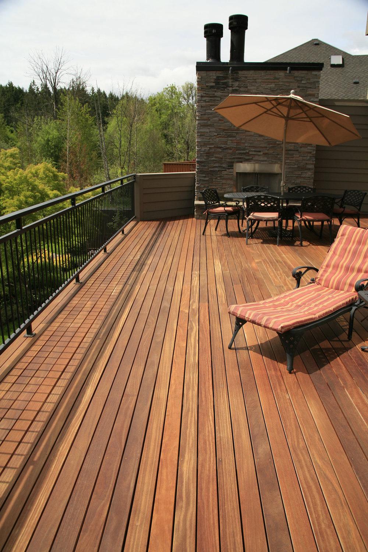 cumaru-deck-lounger-table-1.JPG