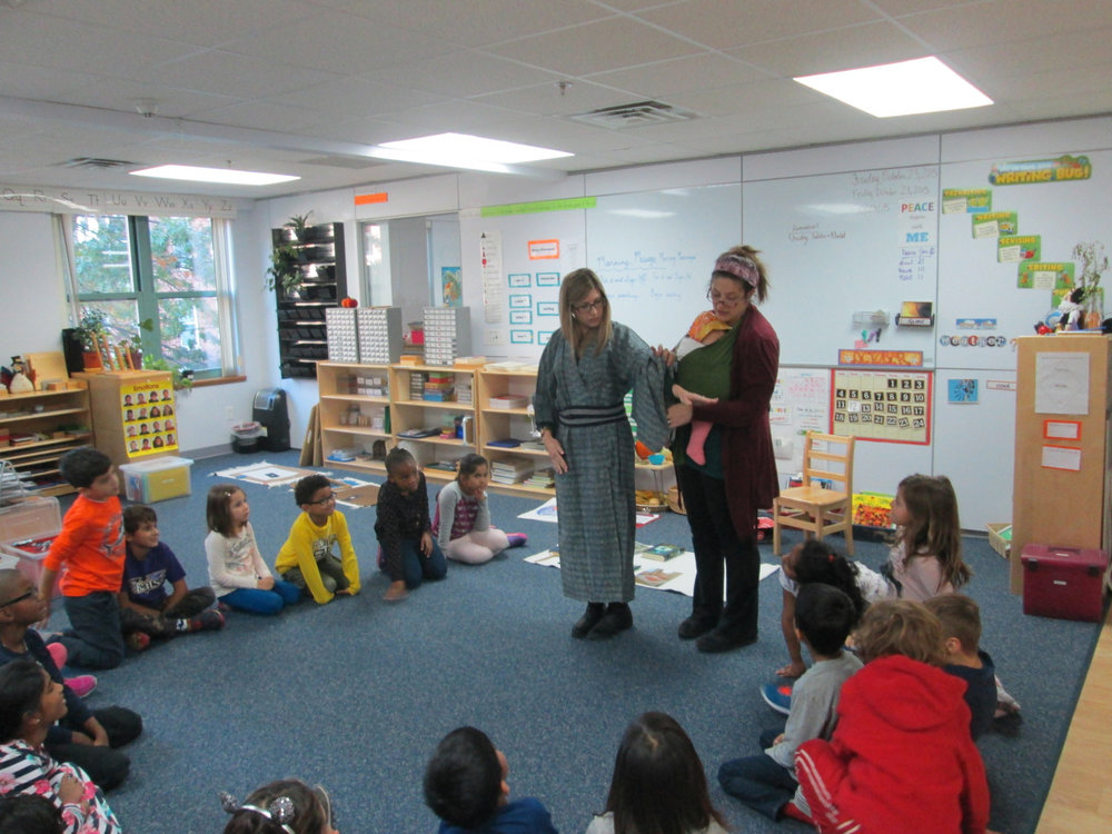 The Lower Elementary East class welcomed Ms. Vanessa (and baby Kaylee) to share a presentation about Japan. The class learned about the language, music, culture, food and geography of this beautiful country.