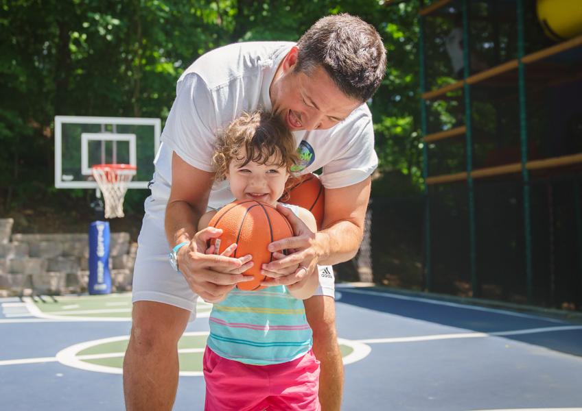 coach_little_basketball-424x300@2x.jpg