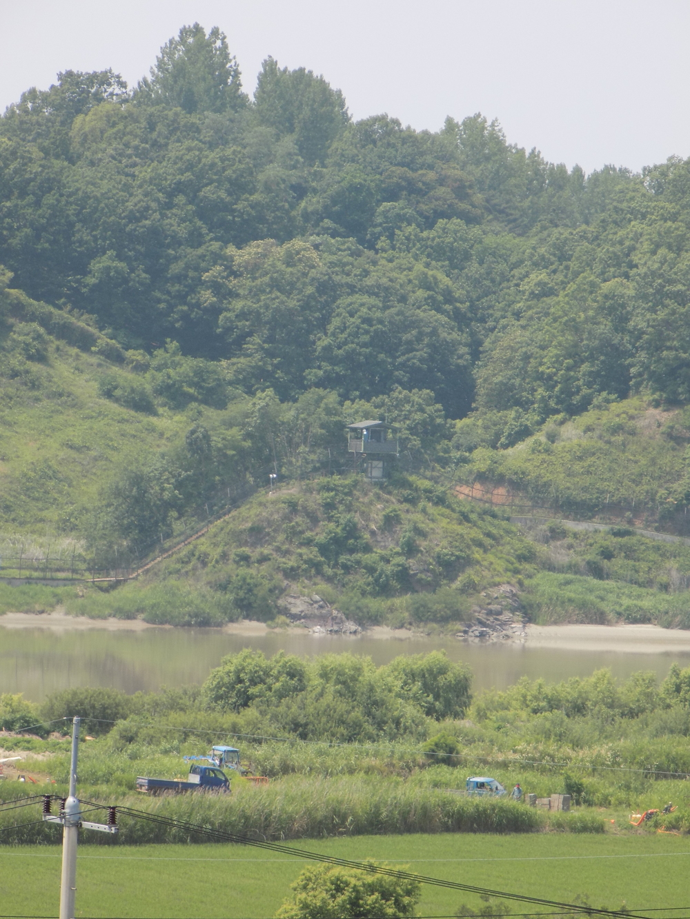 South Korean guard shack at the demarcation zone
