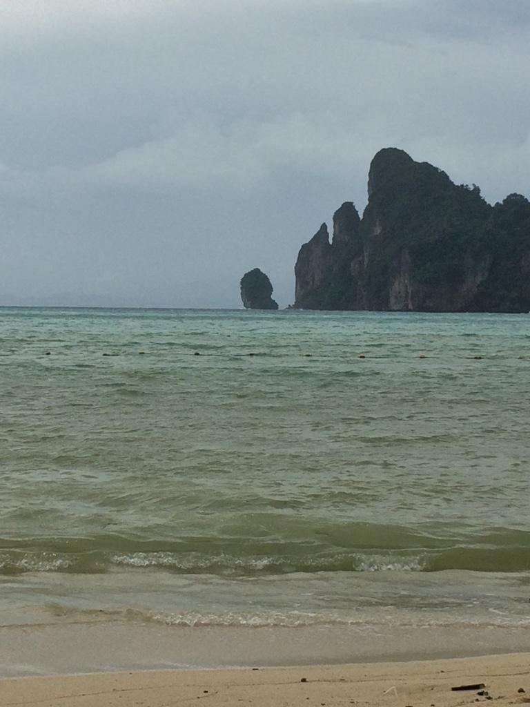 8/6 -Phi Phi Island, Thailand
