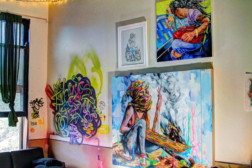 Artist Mike Strescino