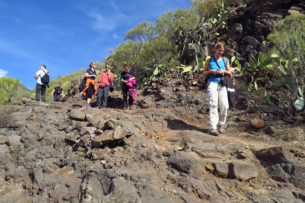 Wandern auf Vulkangestein