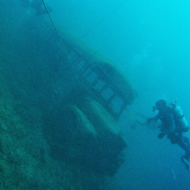 #Tbt 4 days ago when Ms Frizzle and her students made it out, and I got Open Water Certified. Advanced OW in June. #scuba #wreckdiving #gopro #padi #magicschoolbus (at Dutch Springs, PA)