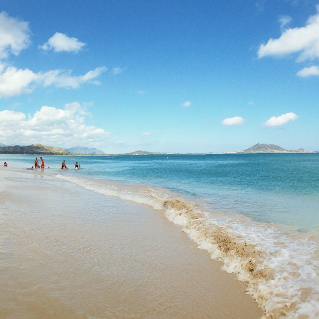 @barackobama let me know if you're around. We're all going paddleboarding later you should come chill.  (at Kailua Beach)