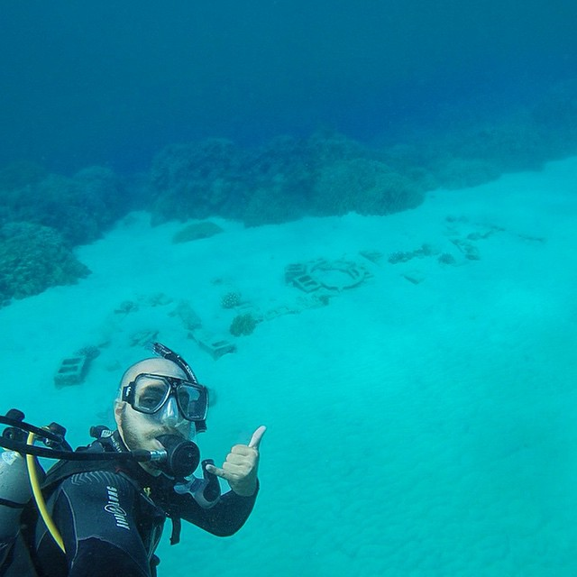 None of the sea turtles or dolphins would pose with me so scuba selfie it is. #scubaselfie (at Two Steps)
