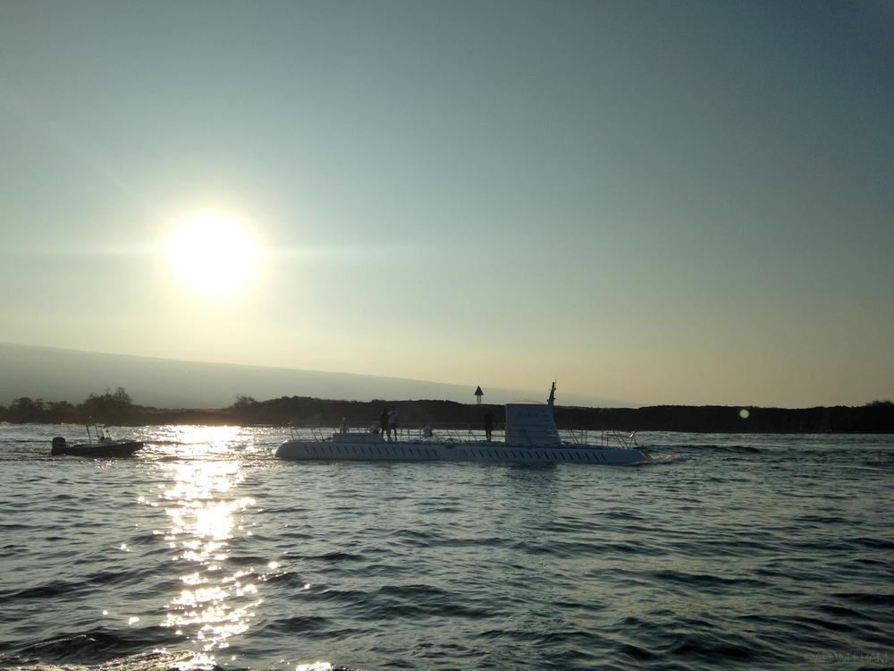 Kona_Honokohau_Submarine.jpg