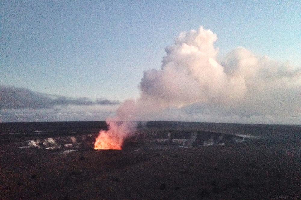 Halemaumau_crater_HVNP.jpg
