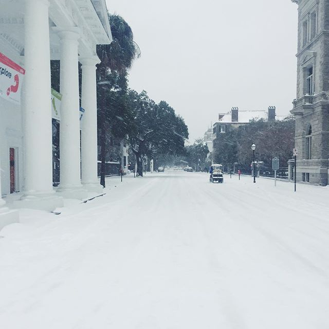 Back at it again today! Helping out clients in our winter wonderland. ❄️ #conciergecharleston #snowdaycharleston #chs