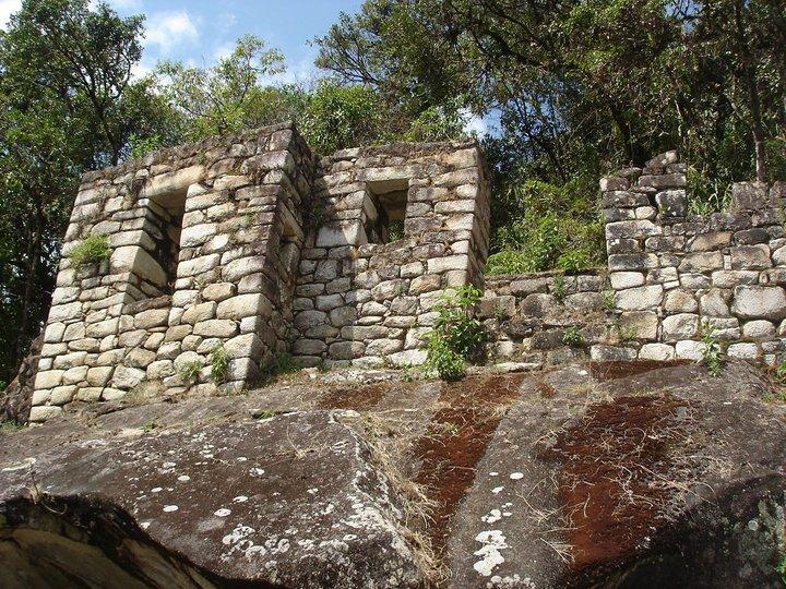 gran-caverna-waynapicchu.jpg