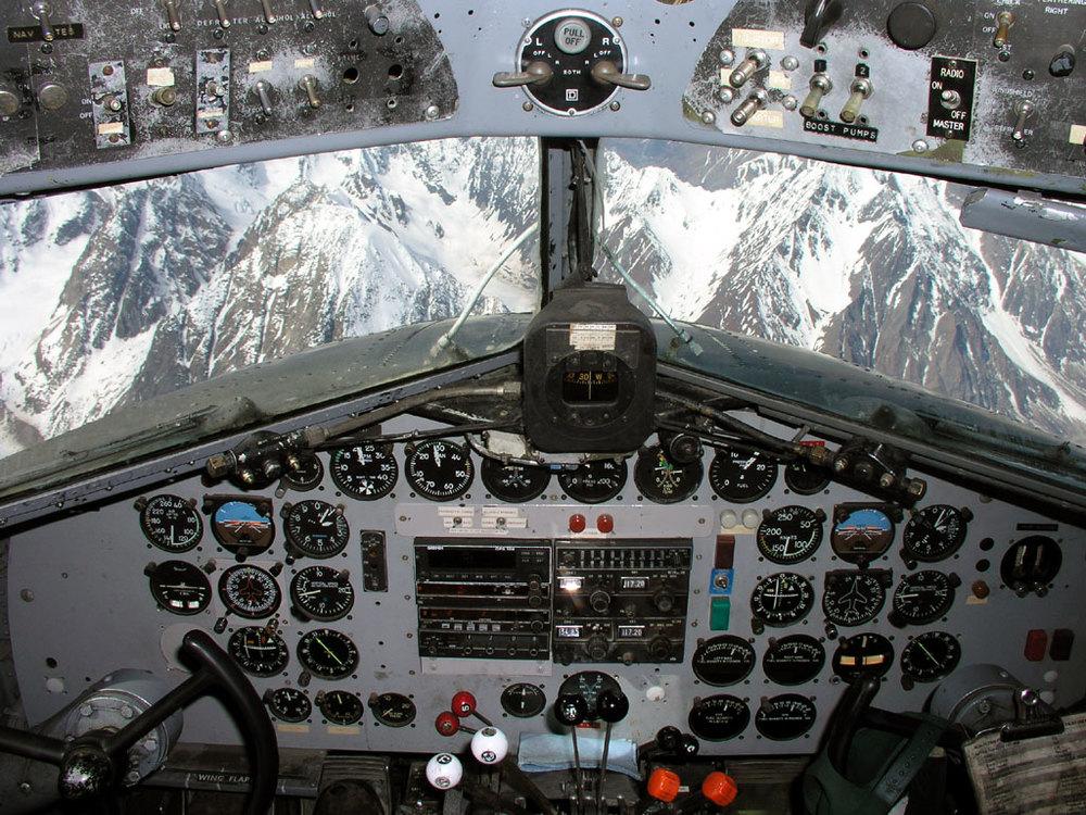 DC3 cockpit.jpg