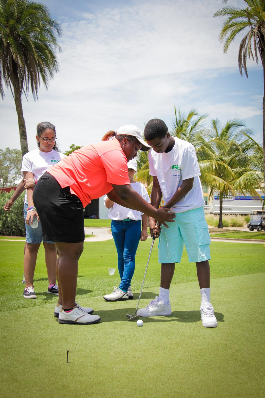 Thursday-Irie-Kids-Golf-Clinic-Online-Use-3584.jpg