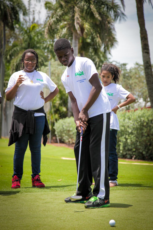 Thursday-Irie-Kids-Golf-Clinic-Online-Use-3577.jpg