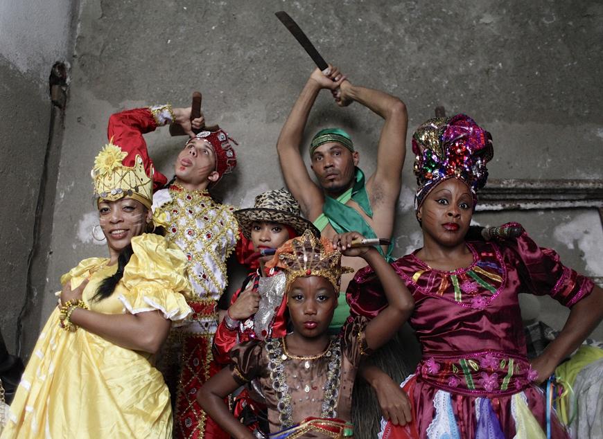 Jennyselt-of-prestigious-Afro-Cuban-Folklore-rt-mentor-of-Sailen-front-in-'Tengo-Talento'-by-Eli-Jacobs-Fantauzzi-web (1).jpg