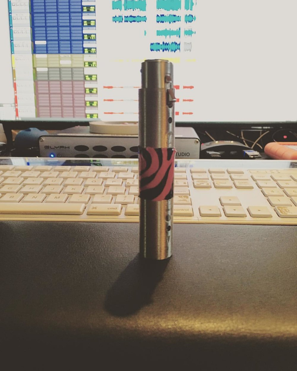 I built a 20db inline mic pad  #diy #thefarmstudio