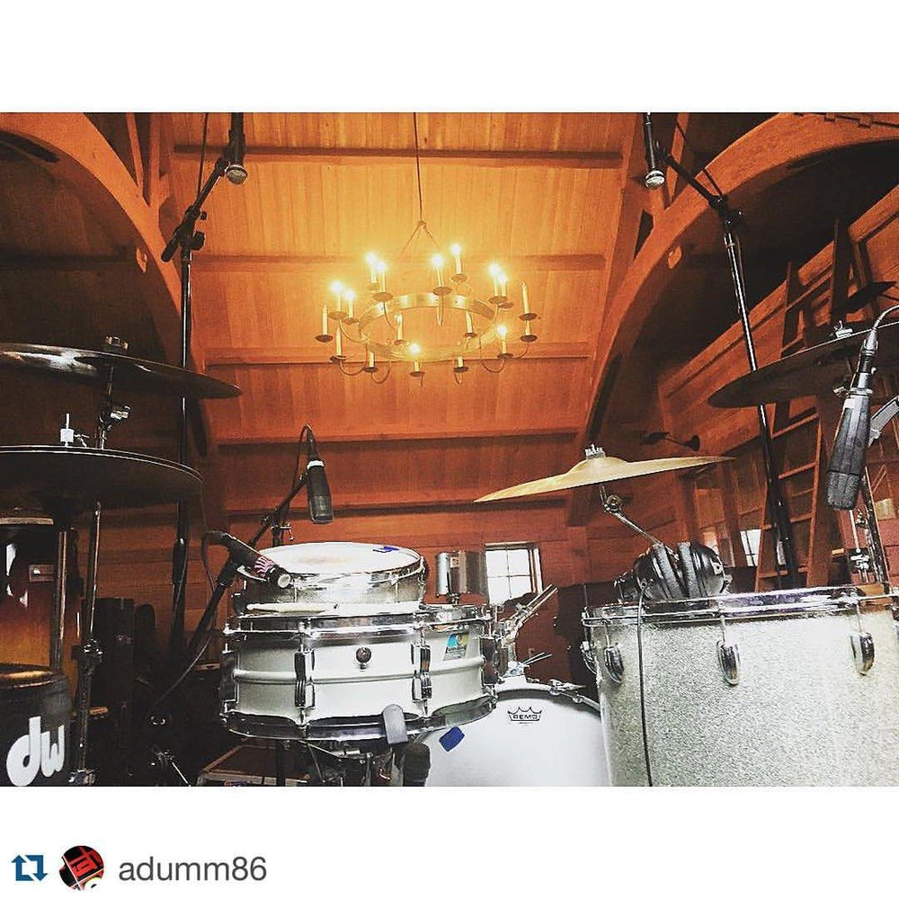 #Repost @adumm86 with @repostapp. ・・・ Home for the weekend. #thefarm #ludwig #paiste #giantbeats #shadystreet #fulllength #album #barnstyle #earlgrey #justforgive @theshadystreetshowband