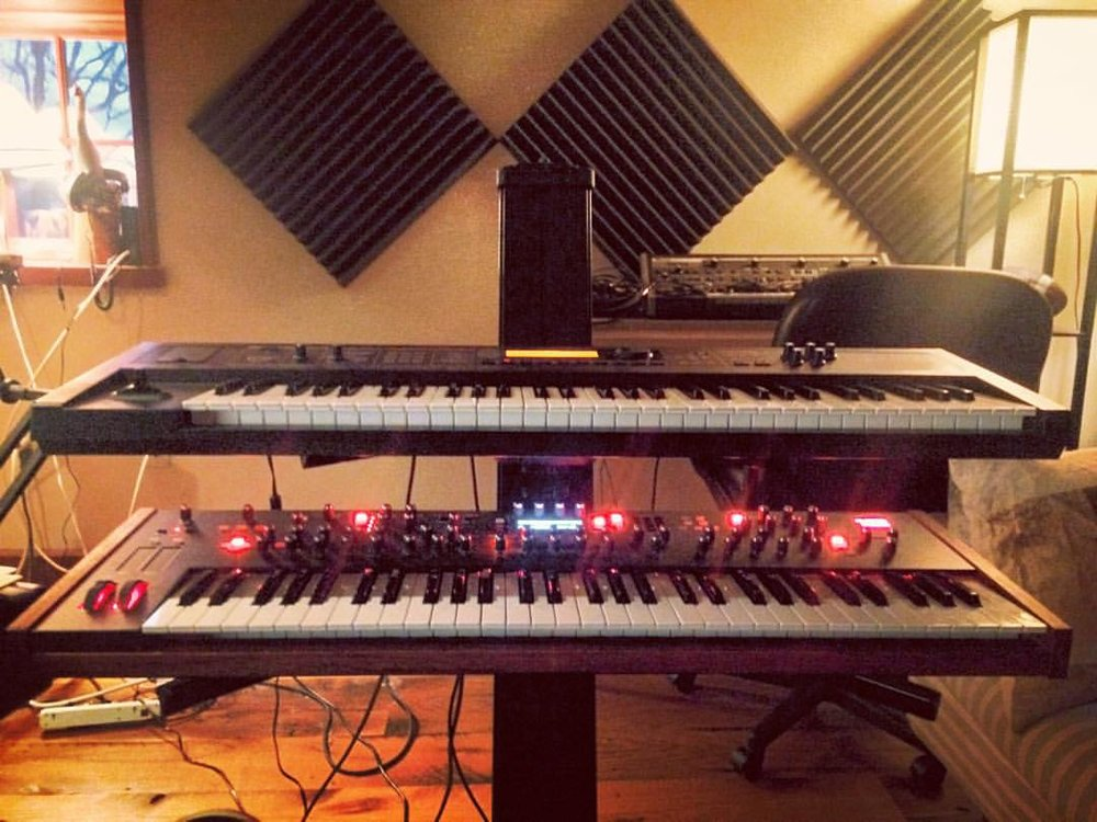 Did some writing this afternoon with the @roland_us #JunoDI and the @dsisequential #Prophet12   #thefarmstudio