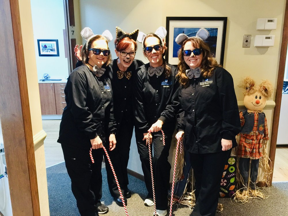 Halloween Fun 2018 - 3 Blind Mice and a Cougar