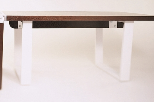 Hinge Table