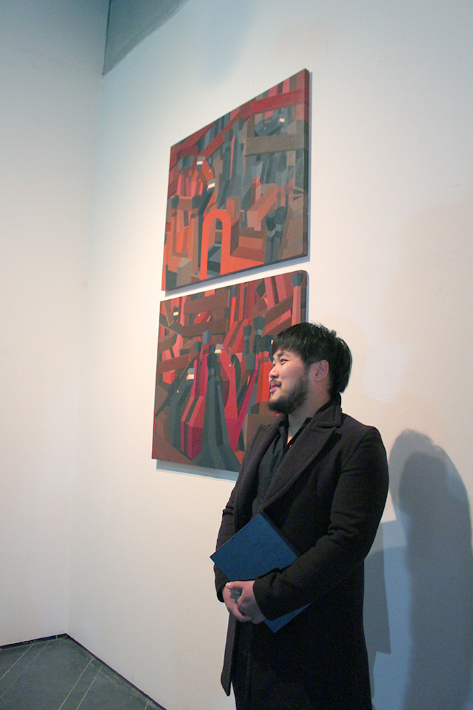 킹홍 discussing his work