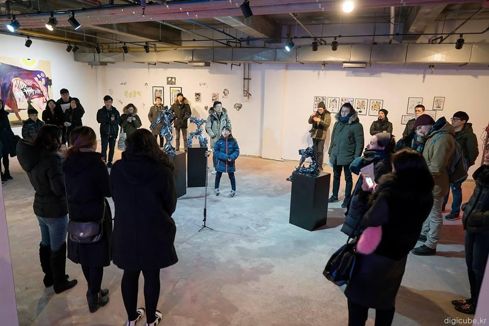 Artist Talk at Space M (스페이스 엠) in Yangjae-dong, Seoul, South Korea.(Photo Credit: Seungwan Ryu)