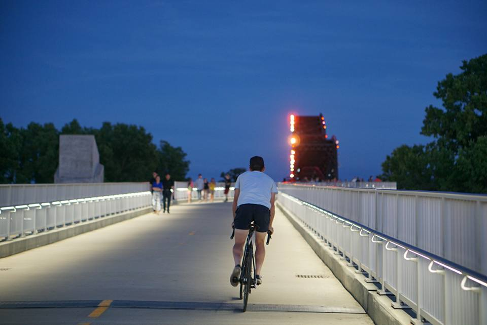 Road Nats Bridge 2.jpg