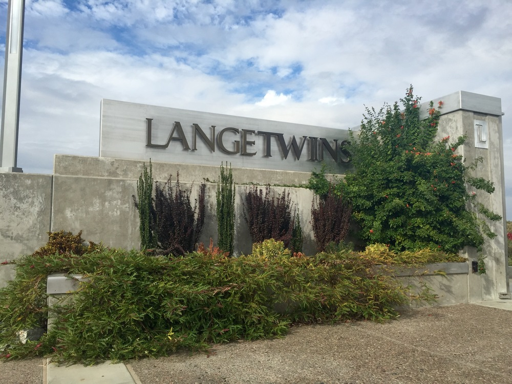 Lange Twins Building.JPG