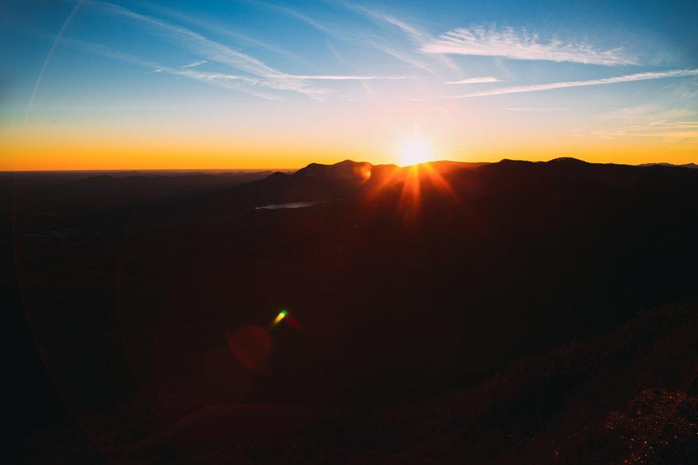 silhouette-sunrise