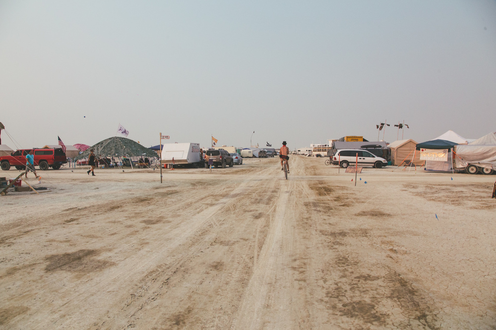VOENA_BLACK_ROCK_CITY_BRC_BURNING_MAN_2013_PHOTOGRAPHY_EDITORIAL_SAM_WHITESIDE_CAI_GRIFFIN_DESERT_BURNERS-10.jpg