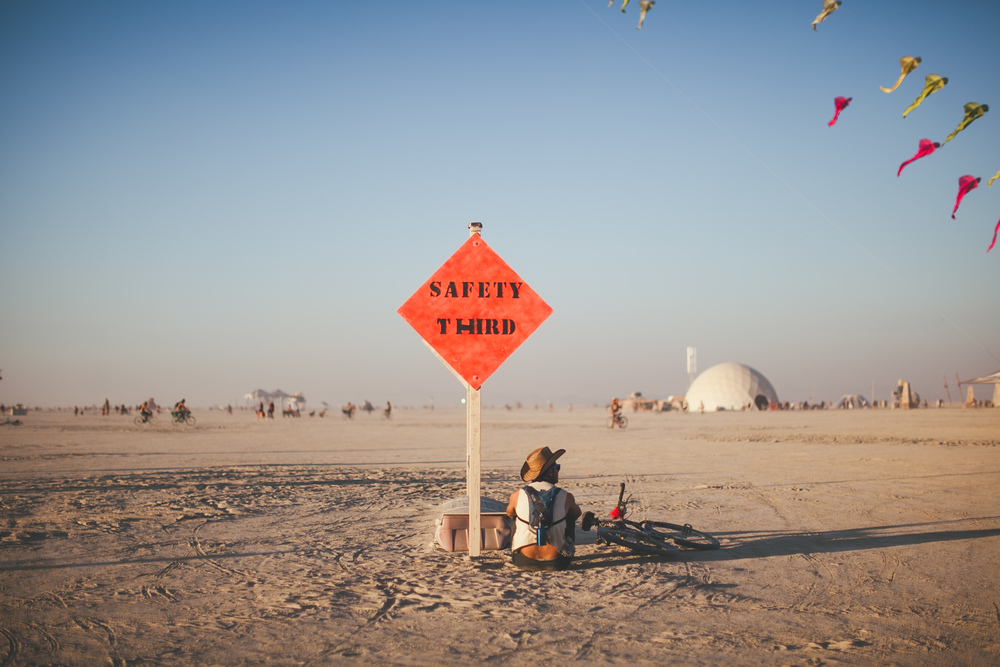 VOENA_BLACK_ROCK_CITY_BRC_BURNING_MAN_2013_PHOTOGRAPHY_EDITORIAL_SAM_WHITESIDE_CAI_GRIFFIN_DESERT_BURNERS-48.jpg
