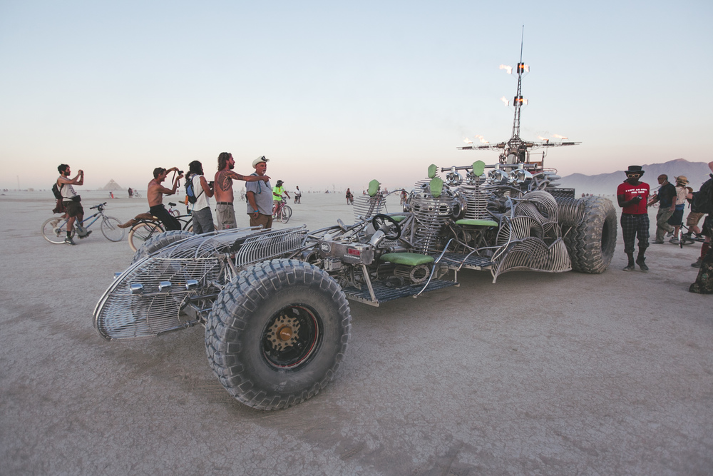 VOENA_BLACK_ROCK_CITY_BRC_BURNING_MAN_2013_PHOTOGRAPHY_EDITORIAL_SAM_WHITESIDE_CAI_GRIFFIN_DESERT_BURNERS-58.jpg