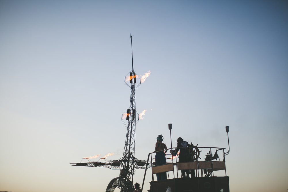 VOENA_BLACK_ROCK_CITY_BRC_BURNING_MAN_2013_PHOTOGRAPHY_EDITORIAL_SAM_WHITESIDE_CAI_GRIFFIN_DESERT_BURNERS-59.jpg