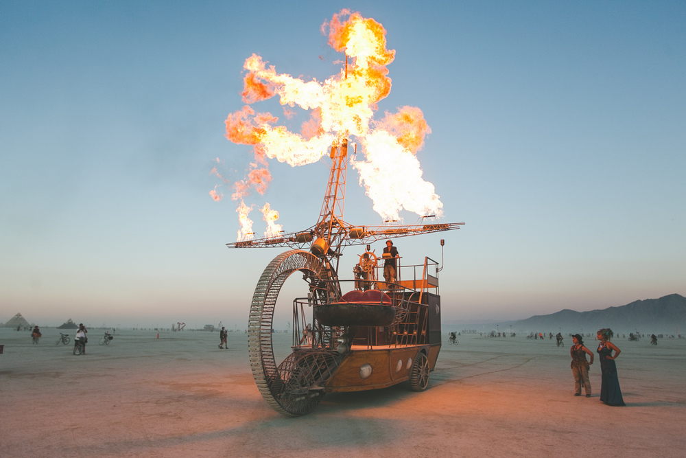 VOENA_BLACK_ROCK_CITY_BRC_BURNING_MAN_2013_PHOTOGRAPHY_EDITORIAL_SAM_WHITESIDE_CAI_GRIFFIN_DESERT_BURNERS-60.jpg