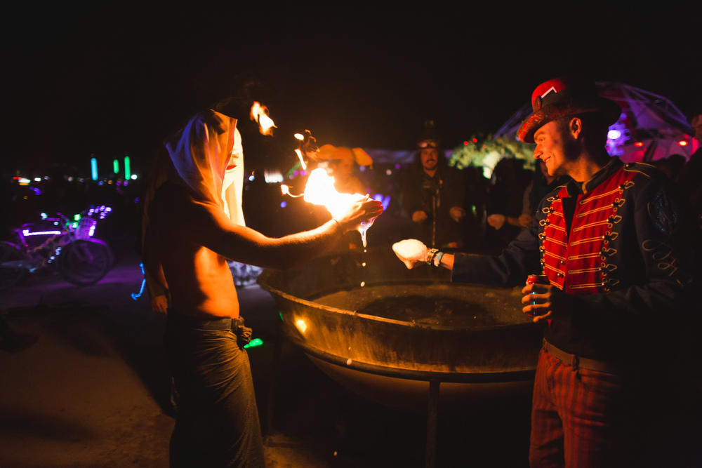 VOENA_BLACK_ROCK_CITY_BRC_BURNING_MAN_2013_PHOTOGRAPHY_EDITORIAL_SAM_WHITESIDE_CAI_GRIFFIN_DESERT_BURNERS-76.jpg