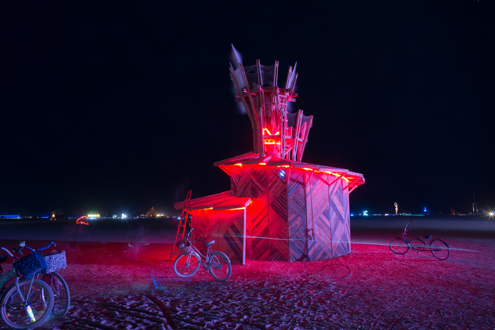 VOENA_BLACK_ROCK_CITY_BRC_BURNING_MAN_2013_PHOTOGRAPHY_EDITORIAL_SAM_WHITESIDE_CAI_GRIFFIN_DESERT_BURNERS-87.jpg