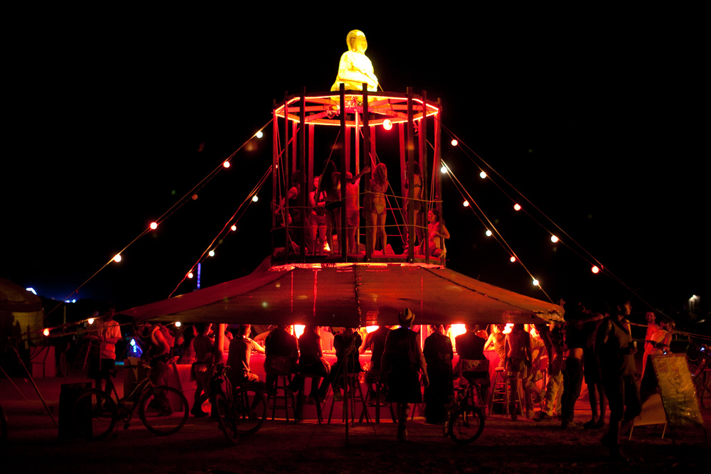 VOENA_BLACK_ROCK_CITY_BRC_BURNING_MAN_2013_PHOTOGRAPHY_EDITORIAL_SAM_WHITESIDE_CAI_GRIFFIN_DESERT_BURNERS-91.jpg