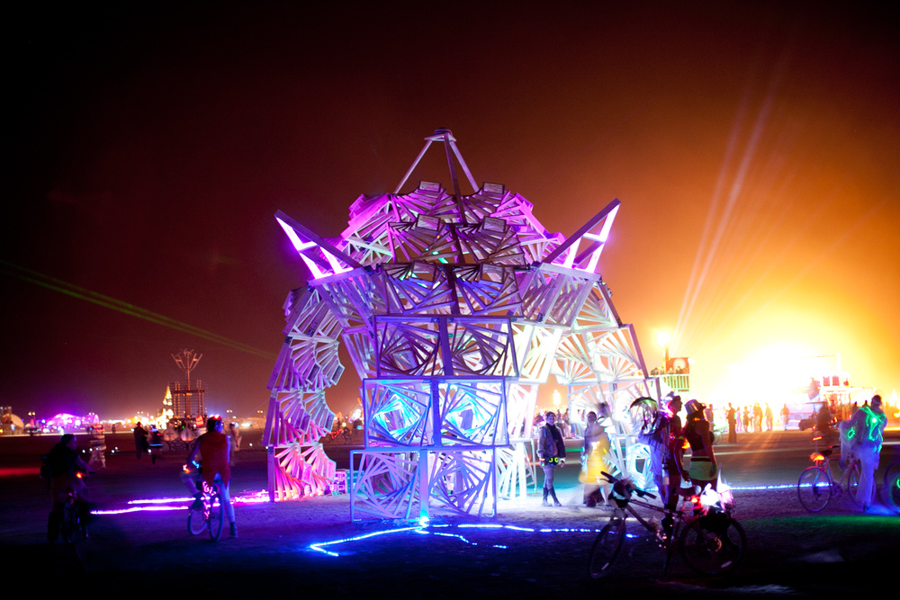 VOENA_BLACK_ROCK_CITY_BRC_BURNING_MAN_2013_PHOTOGRAPHY_EDITORIAL_SAM_WHITESIDE_CAI_GRIFFIN_DESERT_BURNERS-97.jpg