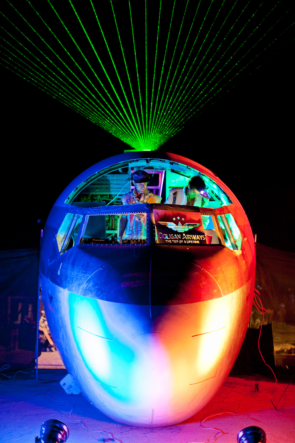 VOENA_BLACK_ROCK_CITY_BRC_BURNING_MAN_2013_PHOTOGRAPHY_EDITORIAL_SAM_WHITESIDE_CAI_GRIFFIN_DESERT_BURNERS-104.jpg