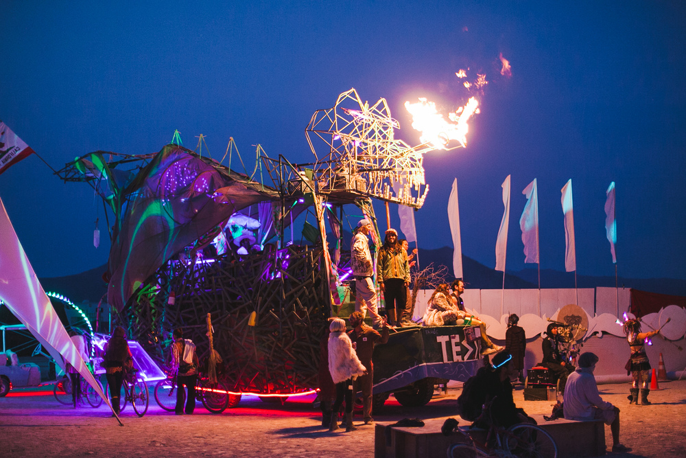 VOENA_BLACK_ROCK_CITY_BRC_BURNING_MAN_2013_PHOTOGRAPHY_EDITORIAL_SAM_WHITESIDE_CAI_GRIFFIN_DESERT_BURNERS-105.jpg